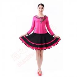 绣花边扣上衣+双层收折裙(玫红)