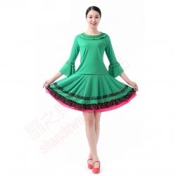 圆领帖本色上衣+双层金蕾丝边裙(绿