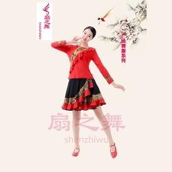 新款复古裙套装红